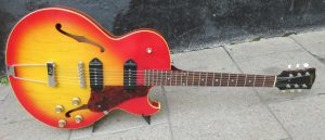 Gibson ES125 front.
